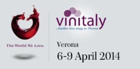 Prime Minister Matteo Renzi visits Vinitaly and launches wine export challenge: +50% by 2020 - More than 155,000 visitors (+6%) - international attendance 36% of total